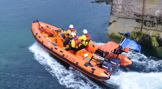 St Abbs Lifeboat – First on the scene of stricken fishing boat